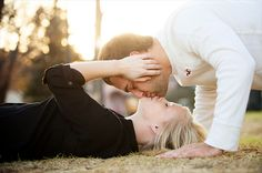 Michelle Huber Photography - Award Winning International Wedding Photographer  Must have engagement photo pose!
