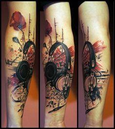 Arm Trash Polka Headphones Tattoo by White Rabbit Tattoo - Tattoo MAG Tattoo Arm Mann, Dj Tattoo, Tattoo Arm Frau, Tattoo Style, Note Tattoo, Tattoo Studio, White Rabbit Tattoo, Rabbit Tattoos, Leg Tattoos