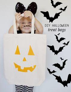 DIY Halloween Treat Bags.
