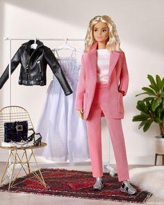 Barbie Style, Couture Vintage, Vintage Barbie, Mattel Barbie, Barbie Dress, Diy Barbie Clothes, Doll Clothes, Harajuku Fashion, Fashion Dolls