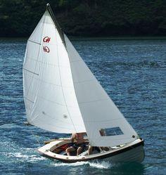 17' Jersey Skiff Sailboat