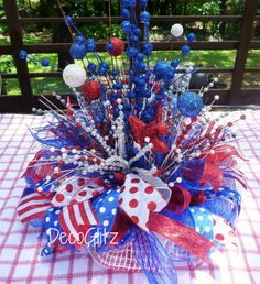 PATRIOTIC CENTERPIECE with SPARKLE by decoglitz on Etsy