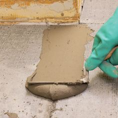 DIY Basics: laying tile.  Good reminder.  Tile is one thing I'm not afraid to attempt.