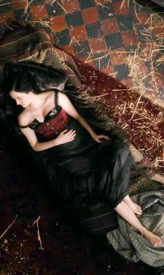 Eva Green Penny Dreadful, Penny Dreadfull, Vampire Stories, House Of The Rising Sun, Black Artwork, Shooting Photo, French Actress, Queen, Little Sisters