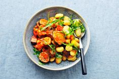 Kijk wat een lekker recept ik heb gevonden op Allerhande! Gebakken gnocchi met gegrilde groenten