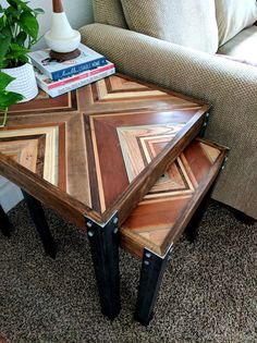 These nesting end tables are sooo gorgeous with that decorative wooden inlay. used entirely from the pile of scrap wood in your workshop! Stripping Furniture, Furniture Making, Wooden Dining Tables, A Table, Diy Custom Closet, Convertible Coffee Table, Nesting End Tables, Scrap Wood Projects, Diy Projects