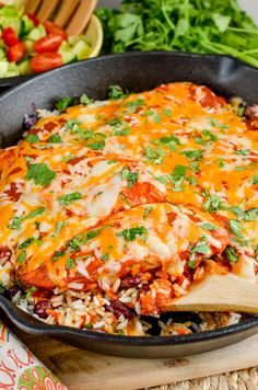 Slimming Eats Low Syn Spicy Mexican Chicken and Rice - gluten free, slimming world and weight watchers friendly Slimming World Dinners, Slimming World Chicken Recipes, Slimming World Recipes Syn Free, Slimming Eats, Healthy Chicken Recipes, Mexican Food Recipes, Diet Recipes, Cooking Recipes, Ethnic Recipes