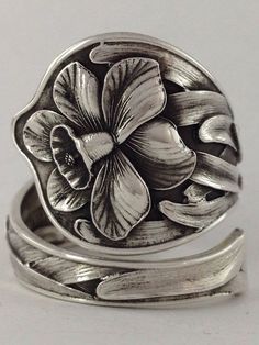 Size 9 Vintage Sterling Silver Daffodil Spoon Ring