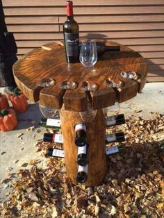 A wine steward? How perfect would this wine table be in your.- A wine steward? How perfect would this wine table be in your living room or gard… A wine steward? How perfect would this wine table be in your living room or garden? Bottle Rack, Wine Bottle Holders, Glass Holders, Wine Rack Table, Rustic Wine Racks, Diy Wood Projects, Wood Crafts, Woodworking Projects, Into The Woods