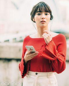 女子力3割増し! 男子に勝手に美化される、春の赤トップスはコレ!|non-no Web|ときめくおしゃれを毎日GET!