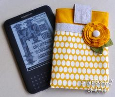 Stubbornly crafty: kindle cover tutorial crafts diy kindle case, diy и Craft Tutorials, Sewing Tutorials, Sewing Crafts, Sewing Projects, Sewing Patterns, Diy Crafts, Sewing Ideas, Diy Projects To Try, Craft Projects
