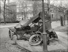 1917 car wreck at Massachusetts Avenue-3
