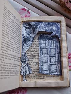 Bok som kommer till liv av Jenny på En vintage saga Free Blog, Saga, Photo And Video, How To Make, Vintage, Vintage Comics