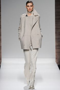 Max Mara Fall 2012 Ready-to-Wear Collection Slideshow on Style.com