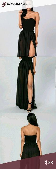 FASHION NOVA DRESS NWT Really beautiful and flattering dress. Never worn Fashion Nova Dresses Strapless