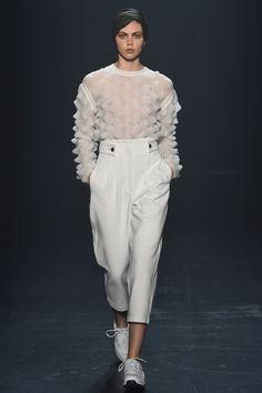 http://www.vogue.com/fashion-shows/spring-2016-ready-to-wear/phelan/slideshow/collection