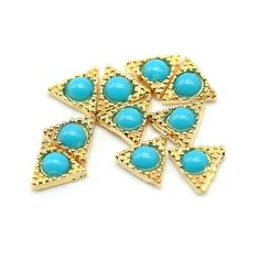 So Beauty 10pcs Alloy 3D Rhinestone Triangle Nail Art Tips Slice DIY Decoration Golden and Blue ** Click image to review more details.