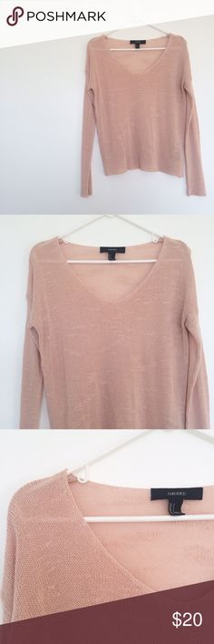 {f21} light pink sweater This lightweight sweater is so cute and comfy! EUC! Forever 21 Sweaters