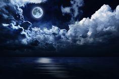Nouvelle Lune du 25 Mai : La Nouvelle Lune du jeudi 25 Mai 2017 se situe à 4° du signe du Gémeaux. Cette Nouvelle Lune rappelle les anciennes origines de