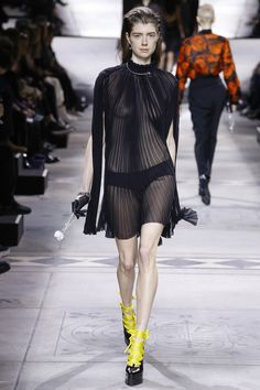 Mulberry Fall 2016 Ready-to-Wear Collection Photos - Vogue