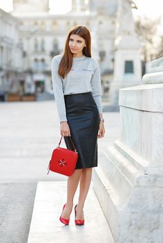 larisa costea, larisa costea blog, the mysterious girl, the mysterious girl blog, fashion blog, blogger, fashion, fashionista, it girl, travel blog, travel, traveler, ootd, lotd, outfit inspiration,look of the day,outfit of the day,what to wear, chicwish,grey sweater, leather skirt,cone skirt,midi skirt, red stilettos,red bag, iutta, magpie, traditional,romanian, geanta iutta, zara