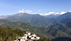 #Honeymoon #Destinations in East India:- #Pelling (Sikkim) Pelling is another beautiful destination, tucked in picturesque state of Sikkim. This northeast destination is a great hideout for honeymoon couples. The lofty mountains, green hills and the splendid view of Mt. Khangchendzonga make Pelling a lovely place to visit.