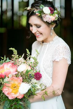 Christy Janeczko Photograph celebrates the eighth anniversary of this couple in this romantic and boho chic shoot at a Wisconsin barn! 2015 Wedding Trends, Wedding 2015, Bride Flowers, Wedding Flowers, Romantic Anniversary, Wedding Bouquets, Wedding Dresses, Bride Photography, Wedding Inspiration