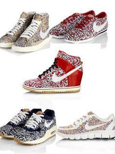 www.elle.be : Aan de Isabel Marant-hype (sneakers met ingebouwde sleehak) kunnen we weerstaan (too much is too much) maar Nike heeft een mooie middenweg ...