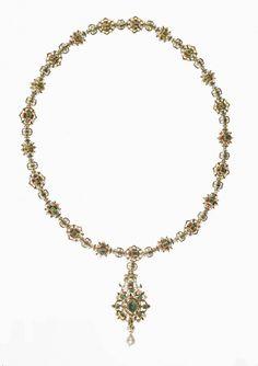 Jeweled Collar Made Of Gold, Enamel, Emeralds And Diamonds - Italian Or Spanish  c.1550-1600 (Renaissance)