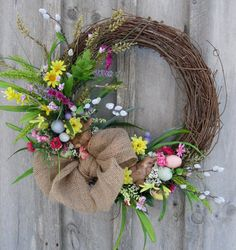 New England Wreath Easter Wreath, Spring Door Decor, Woodland Wreath, Bunny, Country Cottage Wreath Diy Wreath, Grapevine Wreath, Diy Ostern, Spring Door, Deco Floral, Easter Wreaths, Summer Wreath, In Kindergarten, Easter Crafts