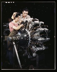 Women are trained as engine mechanics in thorough Douglas training methods, Douglas Aircraft Company, Long Beach, Calif. 1942 Oct ~