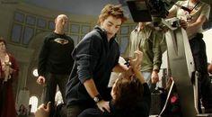 Novas/Velhas fotos de Robert Pattinson nos bastidores de New Moon | Hollywood News