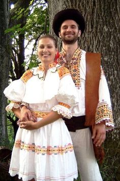 Folk Costume&Embroidery: Costume of Cicmany and vicinity, Nothern Slovakia Traditional Fashion, Traditional Dresses, Country Costumes, Popular Costumes, Central And Eastern Europe, Folk Embroidery, We Are The World, Folk Costume, Kebaya