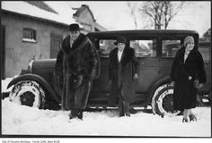 Was browsing the Toronto Archives and put together a collection of vintage Toronto winter photographs from ca. 1890 - 1950 of past snowfalls in Toronto. Toronto Winter, Toronto City, Hunt Club, Old Pictures, Montreal, Vintage Photos, Antique Cars, City Photo, Past