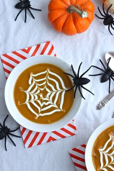 Roasted Butternut Squash {Spiderweb} Soup by thecornerkitchen #Soup #Butternut_Squash #Spider_Web