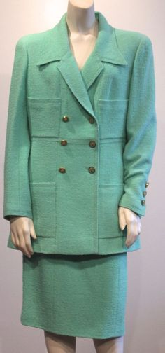 CHANEL BOUTIQUE : Green Mint Wool Boucle 2PC Skirt Blazer Jacket Suit 96C 42 #CHANEL #SkirtSuit