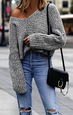 You love your sweater because it's a cozy classic. But did you know it's a closet fashionista? These fall outfit ideas are proof. A sweater dress is a perfect outfit for the cold days. Mode Outfits, Casual Outfits, Fashion Outfits, Womens Fashion, Fashion Trends, Sweater Outfits, Ladies Fashion, Fashion Ideas, Fashion Bloggers