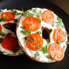Factors You Need To Give Thought To When Selecting A Saucepan Queenie's Killer Tomato Bagel Sandwich Easy To Prepare And Totally Portable Bagel Breakfast Sandwich, Savory Breakfast, Breakfast Recipes, Breakfast Ideas, Breakfast Nook, The Cream, Paninis, Sandwich Recipes, Lunch Recipes