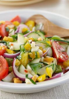 Use feta and maybe cucumber instead of zucchini Mediterranean Marinated Vegetable Salad – Here's the epitome of the big Mediterranean salad, made with chunks of fresh vegetables and flavorful cheese crumbles. Marinated Vegetables, Fresh Vegetables, Vegetable Salad Recipes, Vegetable Dishes, Supper Recipes, Side Recipes, Healthy Snacks, Healthy Eating, Healthy Recipes