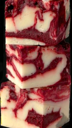 Winter White Red Velvet Fudge Recipe would be a twist on Granny and Mommas red velvet cake.~ A delicious, beautiful fudge for any season; Try it for your next party; or for fun gifts to give relatives, neighbors and friends. Fudge Recipes, Candy Recipes, Sweet Recipes, Holiday Recipes, Dessert Recipes, Just Desserts, Delicious Desserts, Yummy Food, Holiday Baking