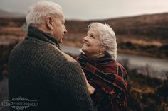 Older Couple Poses, Older Couples, Old Couple Photography, Engagement Photography, Wedding Photography, Engagement Pics, Shooting Couple, Couple Shoot, Old Married Couple