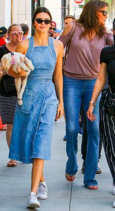 Kendall Jenner - jeans - oculos vintage - verão - fathers day
