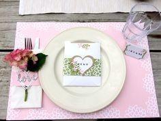 Herzliche Tischdekoration mit Blumen #Blumen #Basteln #Papier #Stempel #Stampin Up #Geburtstag #Feier #Fest #Hochzeit #heiraten #feiern #Überraschung #Deko #Dekoration #Tischdeko #Tischdekoration #Framelits #Von Herz zu Herz #Herz #Herzen #Thinlits #Florale Fantasie