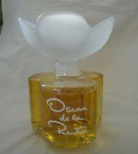 Flacon de parfum factice géant «Oscar de la Renta»
