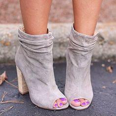 #Chic #Flat sandals Dizzy Fashion High Heels