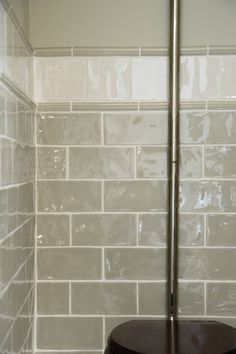 Choosing GORGEOUS tiles for a small space makes the most enormous difference. Here's a few pointers to help you on your way. Metro Style, Modern Country Style, Border Tiles, Handmade Tiles, Style Tile, Warm Grey, Wow Products, Muted Colors, Pointers