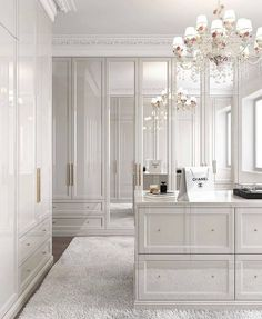 All white closet. Yes or no? Walk In Closet Design, Bedroom Closet Design, Master Bedroom Closet, Home Room Design, Closet Designs, Home Interior Design, Master Bedroom Wardrobe Designs, Luxury Interior, Interior Decorating