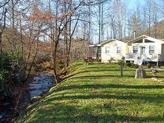 Nanny's Creek Side Cabin - Pet Friendly - 4... - VRBO
