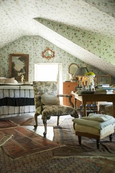 English Country Cottage... layered rugs