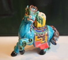 Vintage Horse Statue, Chinese Vintage, Asian Antiques, Porcelain Ceramics, Hostess Gift by ArtBarn on Etsy